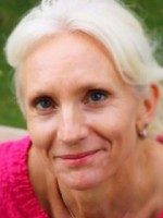Janie Dimopoulos. Integrative Counsellor  MBACP (registered) MBPS