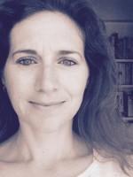 Clare de Lotbiniere Accredited Psychotherapist (mBACP)