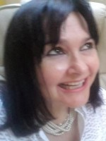 Siân Robinson MBACP Registered Counsellor & Psychotherapist BA (Hons) Dip HE