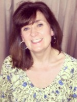 Tracy Bluemore, BA (Hons) Integrative Counsellor and Psychotherapist.