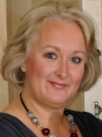 Sue Gibbs  BA (Hons), Dip. Psych. MBACP (Accred)