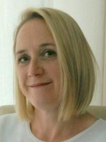 Vicky Bradshaw MBACP Counsellor & Supervisor