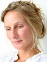 Imogen HG-Johnson (MA, BACP Accredited, EMDR) Psychotherapist