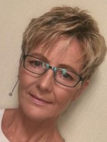 Jayne Pearson - Psychotherapist / Supervisor in Person Centred Therapy