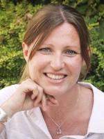 Dr Nickee Stopler