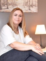 Julie Keir, MA, MBACP (Accredited) Psychotherapist & Supervisor