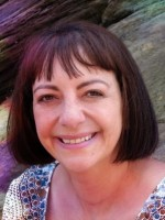 Rhian Kivits, PGCE, MNCS (Accred), Relate qualified Sex & Relationship Therapy