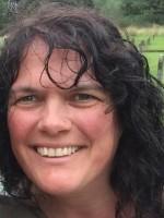 Andrea Hurt - Children & Young Person's Therapist & Supervisor (BAPT acc & reg)