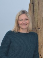 Leah Orr Intergrative Psychotheraputic Counsellor (BSc hon) reg. ukcp