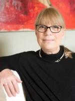 Elaine Zaple Gulliver MA   UKCP Integrative Psychotherapist  HCPC Art Therapist