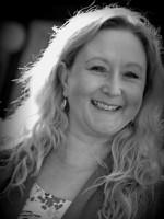 Nicole Wilkinson MBACP (ACCRED)