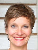 Sandra Singer, Child & Adolescent Counsellor / Family Consultant