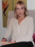 Nathalie Baur, MBAPC (Accredited), MA Integrative Counselling and Psychotherapy