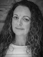 Sonya Farrell, BSc (Hons), UKCP (Accred), EMDR Europe (Accred), MBACP, EAGALA