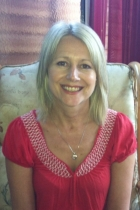 Lyn Van de Velde, MA Counselling & Psychotherapy  MBACP (Accred)