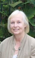 Rosalind Hume MBACP (Accred), UKRCP, COSCA (Accred)