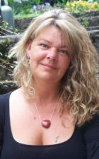 Steffi Cutland, Couns Dip MBACP (Accr)