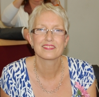 Jules Howdin UKCP Registered Psychotherapist, Supervisor & Trainer