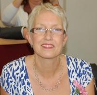 Jules Howdin UKCP Registered Psychotherapist, Supervisor & Trainer