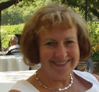 Sheila Lauchlan MSc Relationship Psychotherapy, UKCP, AFT, SCPI