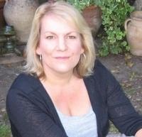 Sarah Amura MBACP