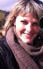 Naomi Louise Rae. BA(Hons), PG Dip, MSc, UKCP Reg, SNR MBACP AccredIted, IMAGO
