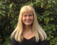 Helen E Dodds MBACP, Dip Counselling, LLB (Hons)