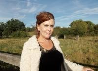Michelle Oakman DipHIP, UKCP REGISTERED