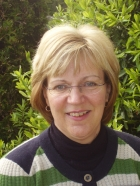 Fiona Damm FDA Counselling, MBACP (Accred), PGCE, BA (Hons)