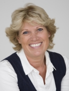Ros Carman, BSc. (Hons) , UKCP Reg. MBACP (Accred), CBT, Dip Supervision.