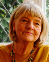 Lynne Chiswick MSc BSc PGCE DHyp