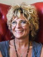 Alexia Elliott Hypnotherapist, Life & Spiritual Guide.