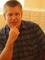Mark Leonard BSc (Hons), MNCH (Reg.), HPD