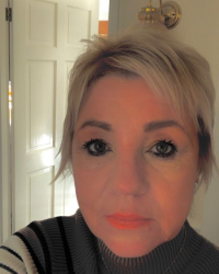 MAGGIE BELL - VERY EXPERIENCED COUNSELLOR, HYPNOTHERAPIST & NLP LIFE COACH