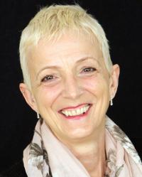 Annie Winfield-Shearer RN, RN(Child), DipCHyp, NLP (MPrac), HPD, MNCH (Acc.)