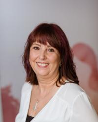 Karen Breeze