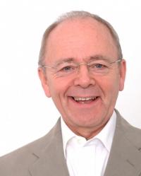 Dr G Trevor Hadfield