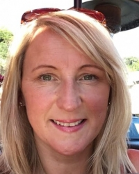 Sian Collins MHS Reg. Clinical RTT Therapist, Trainer & Inspirational Life Coach