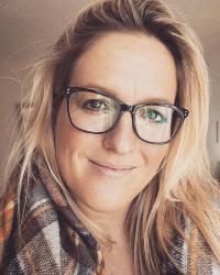 Sarah Cutt Cognitive Hypnotherapist Master Practitioner HPD, LLB, PgDip LPC