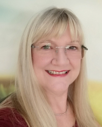 Julie Larrington DSFH HPD Open Door Hypnotherapy