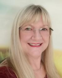 Julie Larrington DSFH HPD Open Door Hypnotherapy