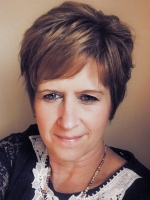 Elizabeth Lawrence Ad. Dip. CP, Dip Hyp CS, BA (Hons)