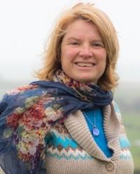 Lynda Bryer