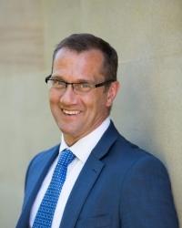 Jonathan Kattenberg DipPFS, PG Cert (Clin.Hyp.),BSCH (Assoc.),CNHC Registered