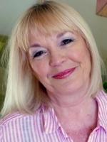 Louise Jones GHQP, PNLP, Dip FS, Dip MD