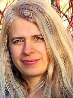 Emma Victoria Tranmer - Clinical Hypnotherapist MA (Hons) HPD AfSFH (Reg)
