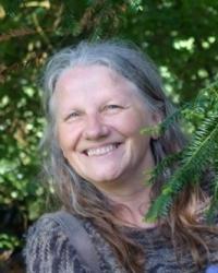 Helen Fogg  BSc(hons), DHyp, HPD, DipHypSup, MHA, MNCH
