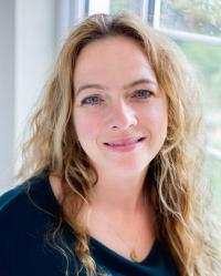 Rachael De Peyer - DipCHyp, HPD, MNLP, MNCH(Reg)