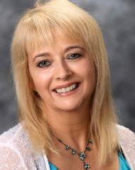 Liz Cornwallis Dip.AHMT, MNCH, CNHC(reg.), MSc, RGN Fully qualified and friendly