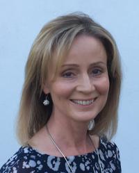 Caroline Linton MBChB, Dip-CBH